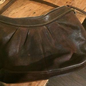 Vintage coach shoulder bag.